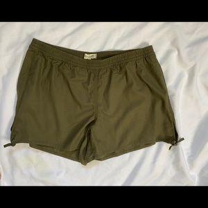 Madewell Shorts Green Elastic XXL